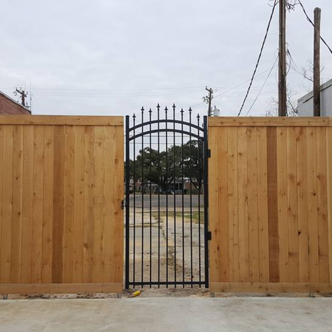 Count on us for fence repair and addition work